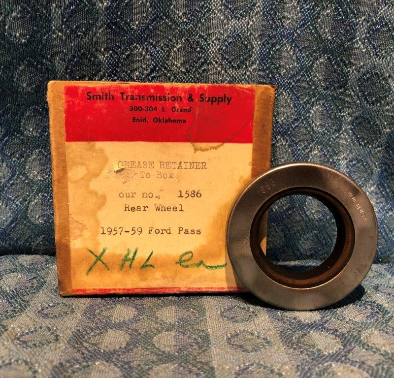 1957-1959 Ford Passenger NORS Rear Wheel Seal 1958 #1586
