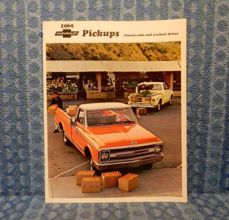 1969 Chevrolet Pickups Original Sales Brochure 2WD, 4WD