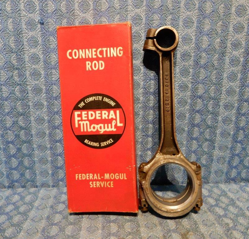 1935 1936 Chevrolet NORS Babbited Connecting Rod .010 Undersize #601343