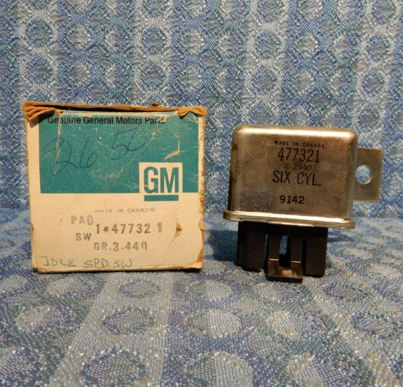 1979-84 Chevrolet GMC C, K & P Series w/292 NOS GM NOS Idle Speed Switch #477321