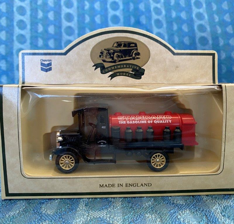 Chevron Commemorative Die Cast Metal Replica 1927 Red Crown Gasoline Tank Truck