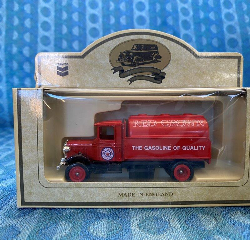 Chevron Commemorative Die Cast Metal Replica 1934 Mack Red Crown Tanker NIB