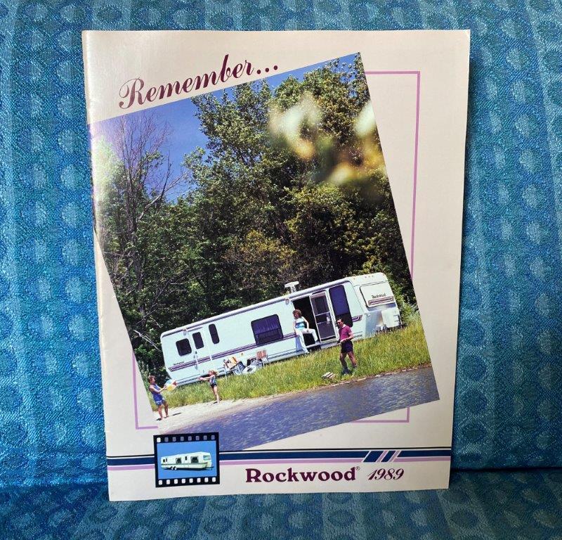 1989 Rockwood & Wildwood Travel Trailer Original Sales Brochure