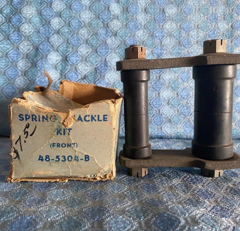 1935 - 1940 Ford Pass NOS FoMoCo Front Spring Shackle Assembly #48-5304-B