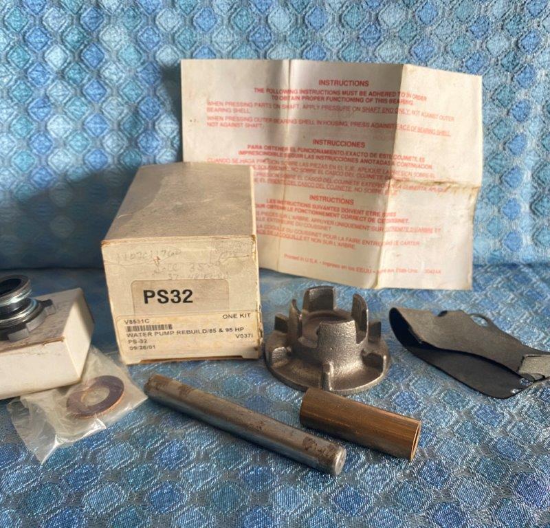 1937-1948Ford 85, 90 & 95 HP New Water Pump Repair Kit 1938 39 40 41 42 46 47