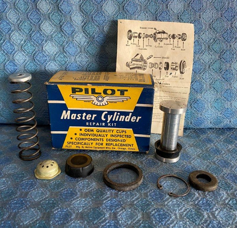 1962-64 Chevy 64 Olds Pontiac 64-65 Buick NORS Master Cylinder Repair Kit SEE AD