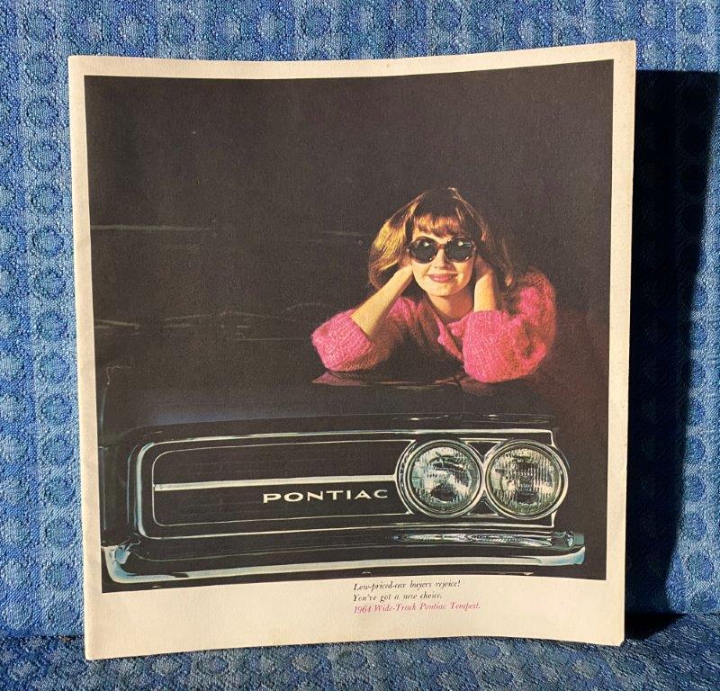 1964 Pontiac Tempest LeMans Custom Original Large DeLuxe Sales Brochure