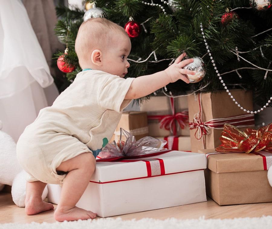 Il regalo natalizio di quantomanca per i bambini: L Albero Di Natale Per Bambini Piccoli Nostrofiglio It
