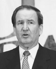Pat Buchanan. Reproduced by permission of AP/Wide World Photos.