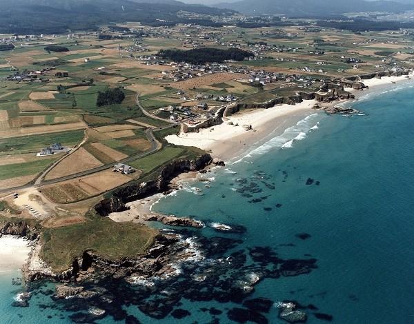Costa de Lugo: A Mariña desde el aire