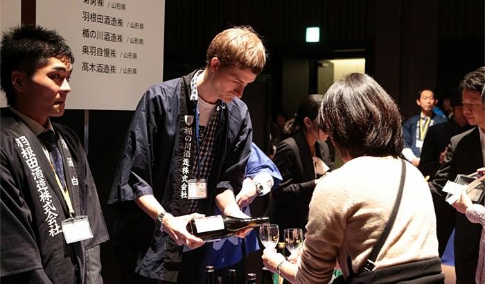 SAKE-COMPETITION-2014_蔵元を囲む会01