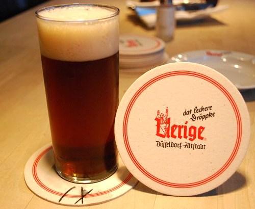 アルト:デュッセルドルフ生まれの低温熟成ビール