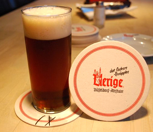 デュッセルドルフでのアルトの飲み方