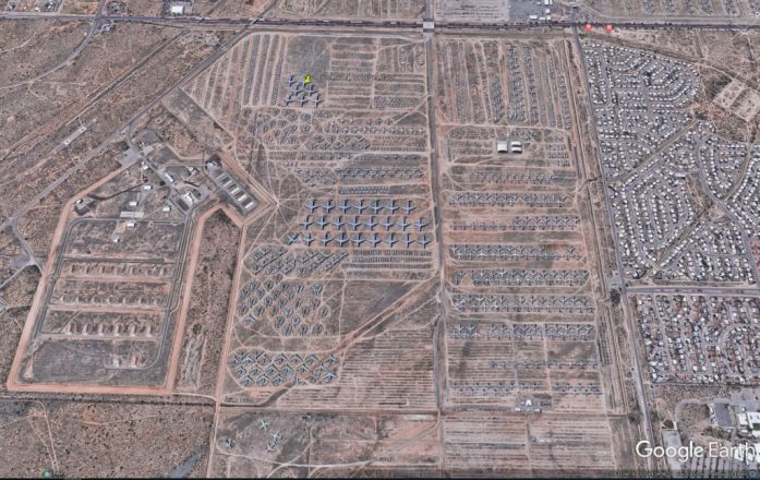 Cementerio de aviones en Arizona visto con Google Earth