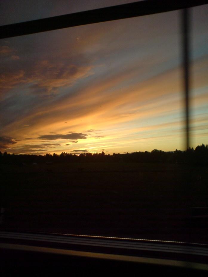 Anocheciendo en el tren de Narvik a Estocolmo