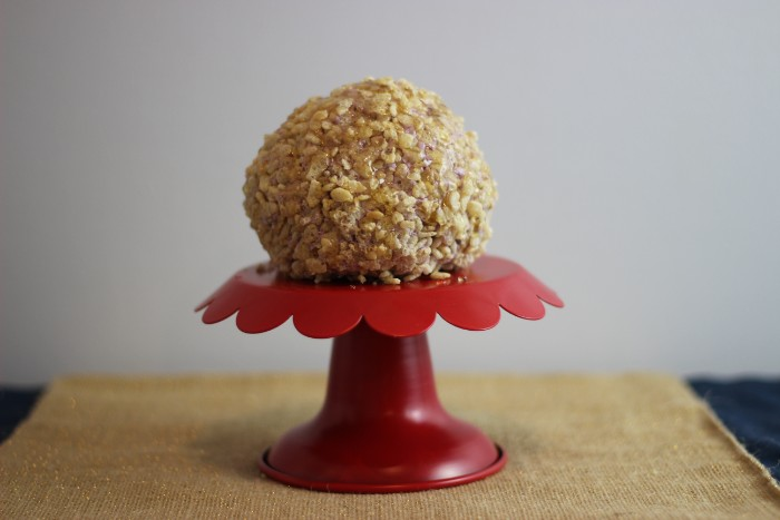 Krispie Coated Blueberry Ginger Cheese Ball