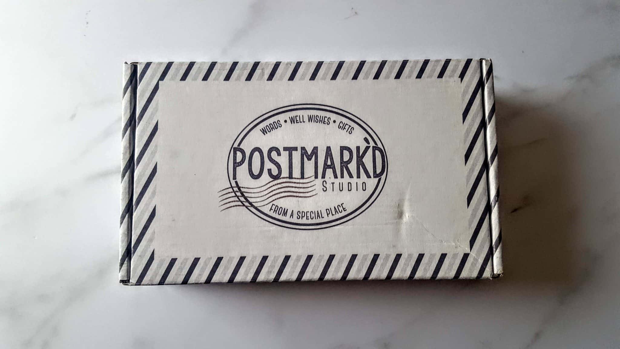 Postmark'd Studio Postbox Subscription Review + Unboxing | January 2019