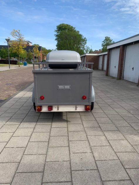 Bagagewagen met dakkoffer