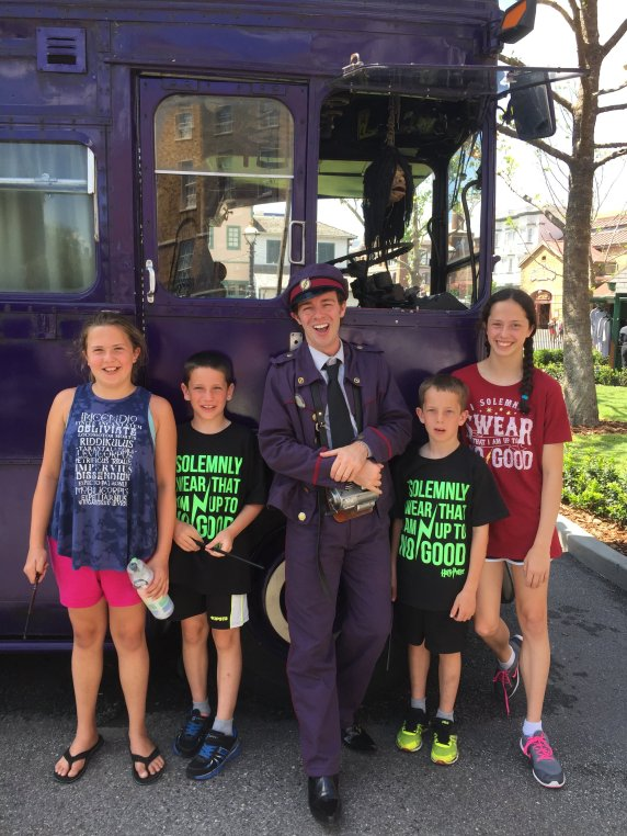 Twelve Tips for Visiting Harry Potter World - Don't miss the Knight Bus.