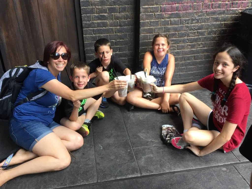 Twelve Tips for your Harry Potter Visit - Enjoy Butterbeer and take it all in.