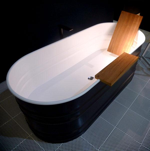 """""""Vieques"""" bathtub"""