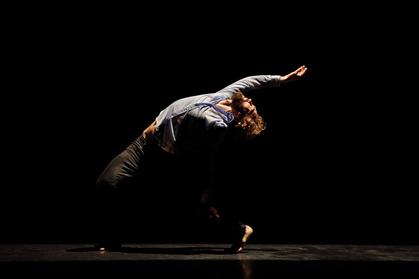 """La rassegna """"L'arte dello spettatore"""" ospita il coreografo Perrault"""