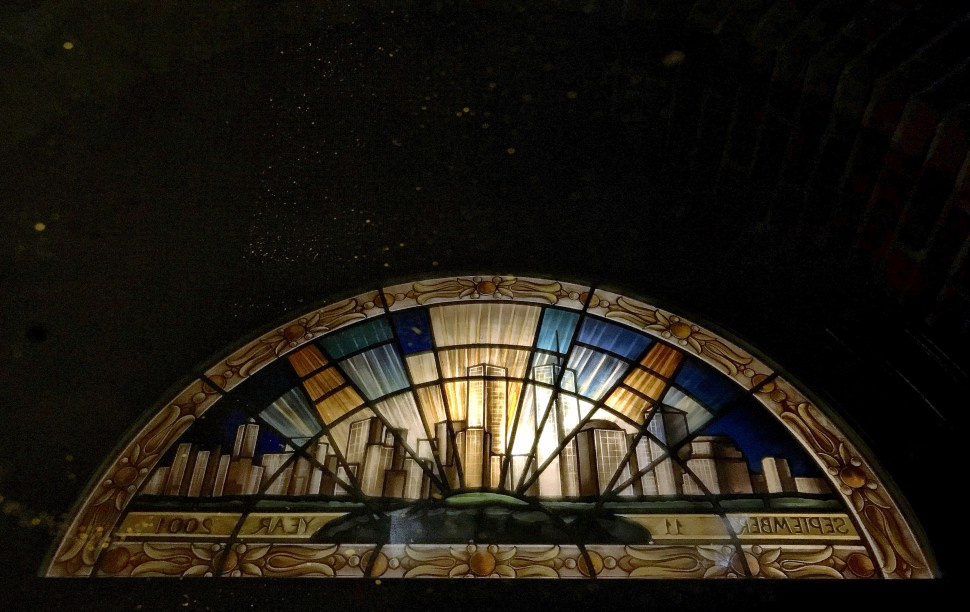 9-11 Memorial Fanlight. Church of Our Lady of Victory, 48 Pine Street. Photo by Rick Stachura. January 29, 2019.