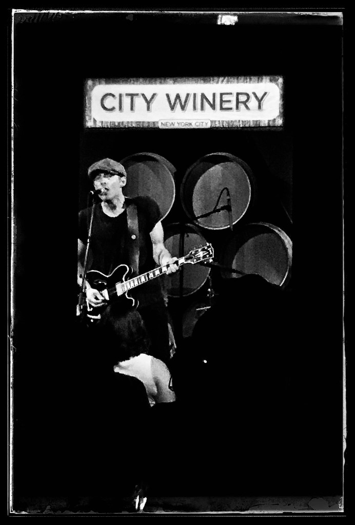 Jakob Dylan with the Wallflowers at City Winery. Photo by Rick Stachura. July 30, 2019.