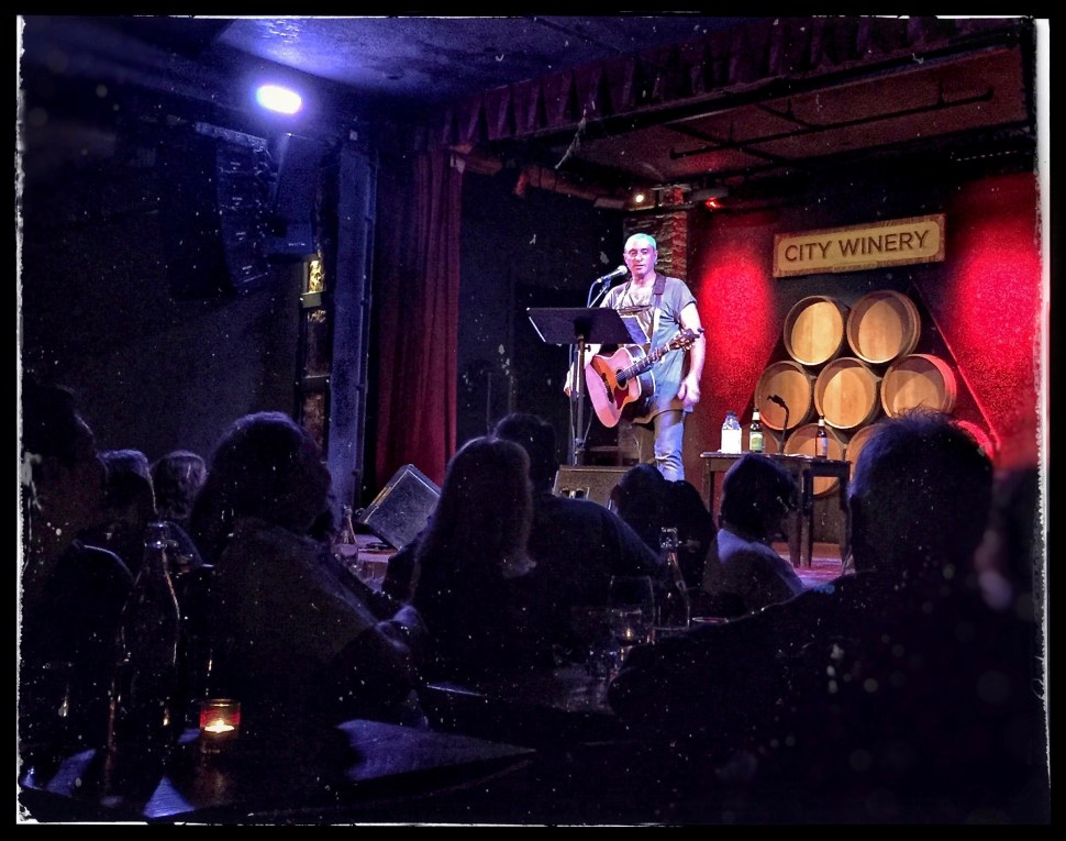 Dan Bern at City Winery. Photo by Rick Stachura. September 11, 2016.