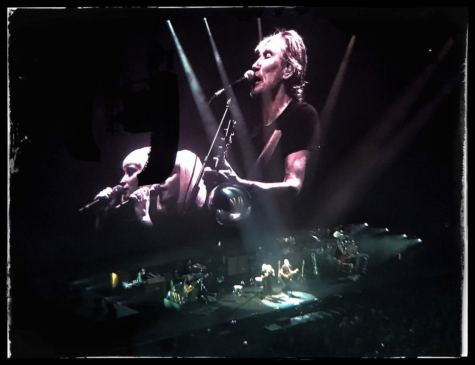 Roger Waters with Jess Wolfe and Holly Laessig at Barclays Center. Photo by Rick Stachura. September 12, 2017.