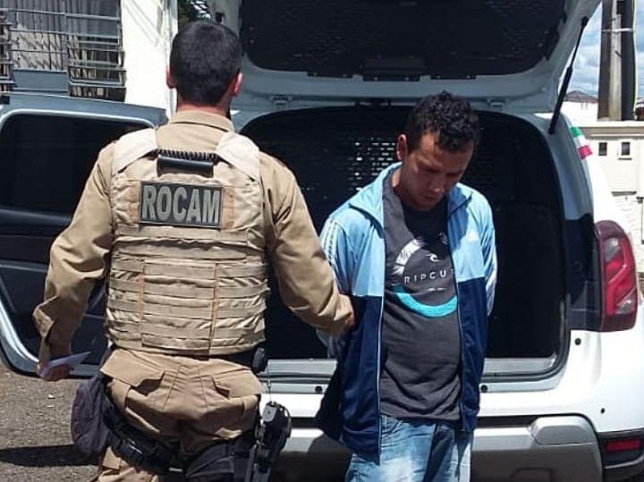 Cabeça e preso pela ROCAM por mandado de prisão ativo
