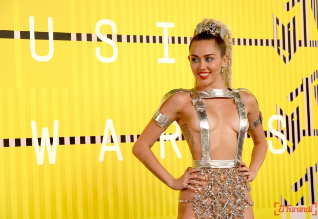 Miley cyrus red carpet see through with