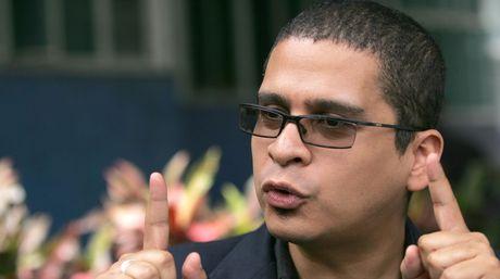 Nicmer_Evans-Memoria_y_Cuenta_2016-Nicolas_Maduro-criticas_NACIMA20160115_0112_19