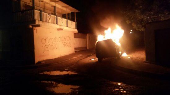 Arrojaron explosivo a camioneta del presidente de colectivo que asaltó sede del Cicpc