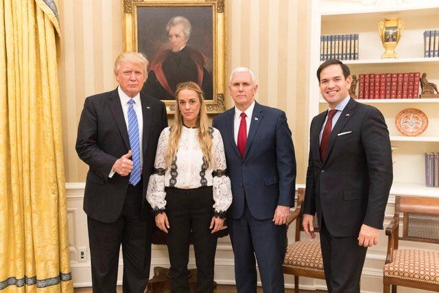 El secreto que esconde la foto de Donald Trump y Lilian Tintori [Imágenes]