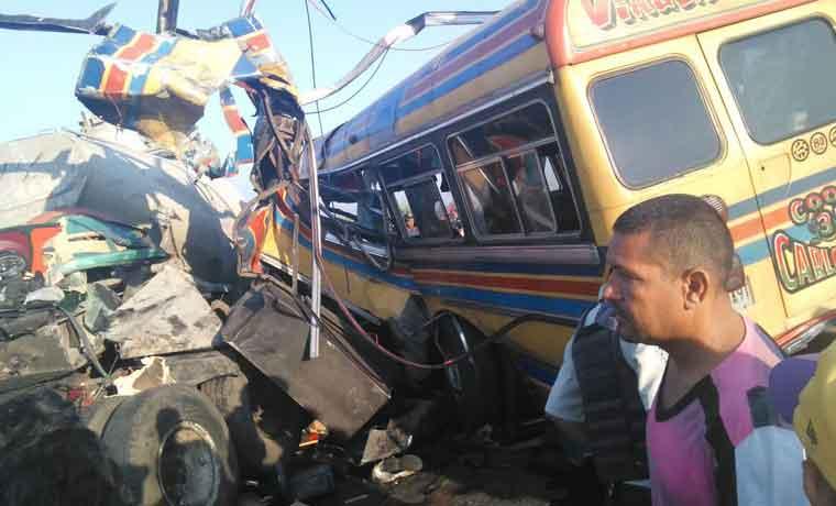 Sobreviviente del accidente donde perdieron la vida 17 personas reveló causa del siniestro