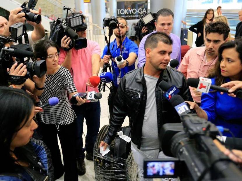 """Testimonio de médicos de Barrio Adentro que llegaron a Miami: """"Venezuela está peor que Cuba"""""""