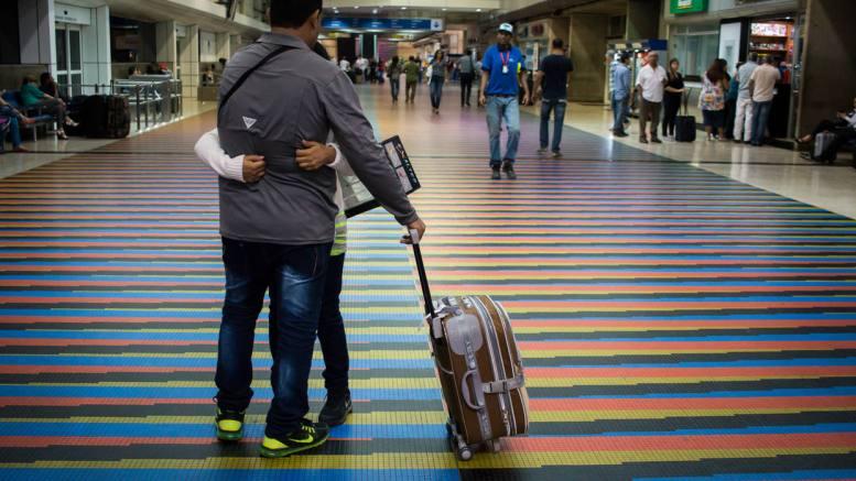 despedida aeropuerto maiquetía