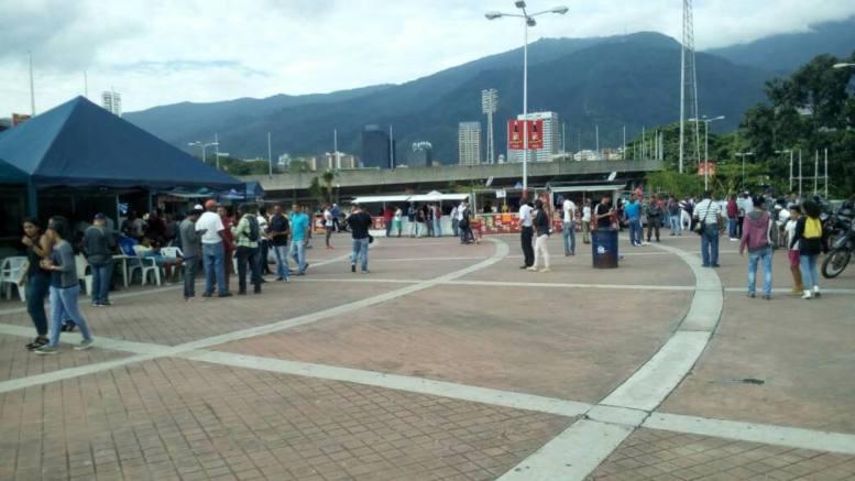 Plaza de los Estadios ucv
