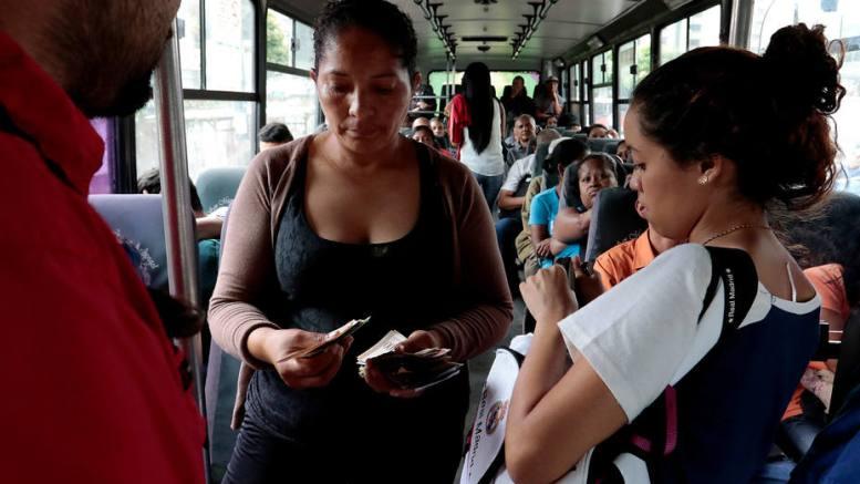pasaje transporte público en Caracas