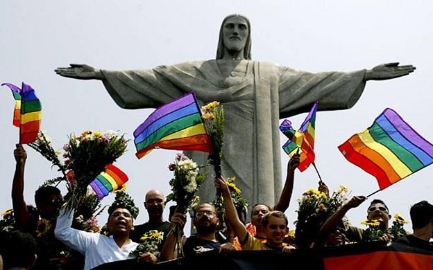 comunidad LGBTI en manifestación contra violencia de género