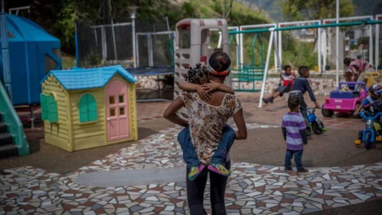 niños venezolanos abandonados en Colombia