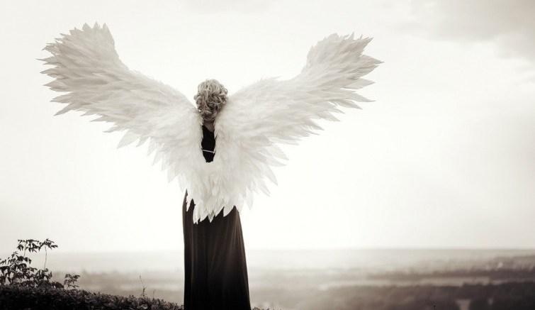 Ángel-en-la-tierra