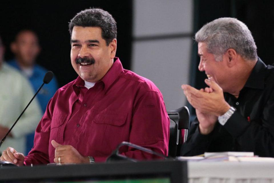 Maduro aumentó el salario mínimo integral a 5.196.000 bolívares