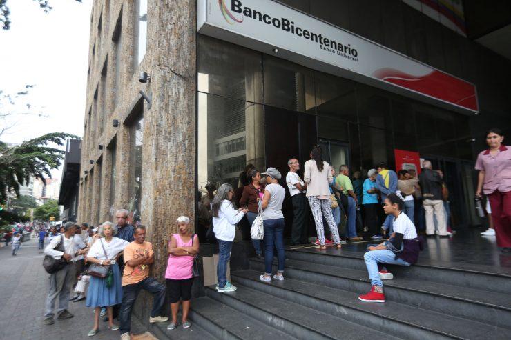 El operativo especial de pago de pensionados que harán los bancos este sábado