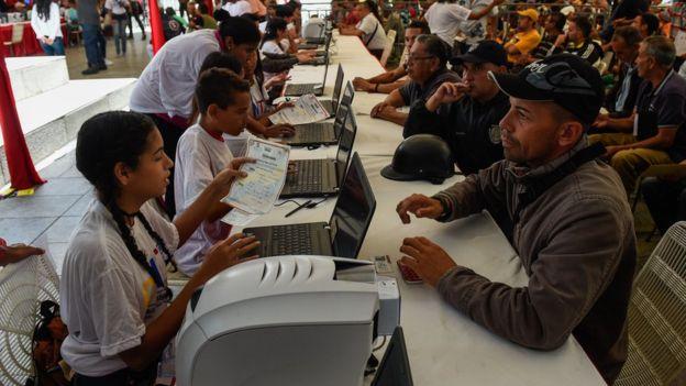 Censo de transporte para subsidiar gasolina en Venezuela Carnet de la Patria