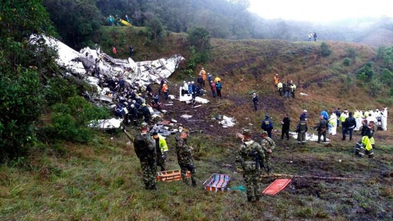 Resultado de imagen para avro rj85 lamia png