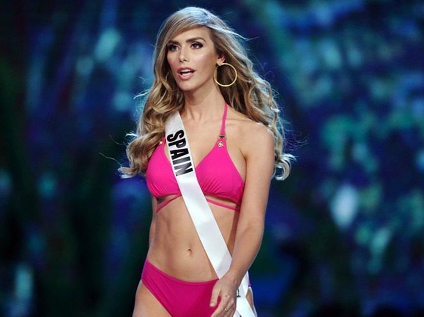 Ángela Ponce conmociona al desfilar en traje de baño en el Miss Universo