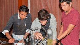 experimento que transforma agua en combustible