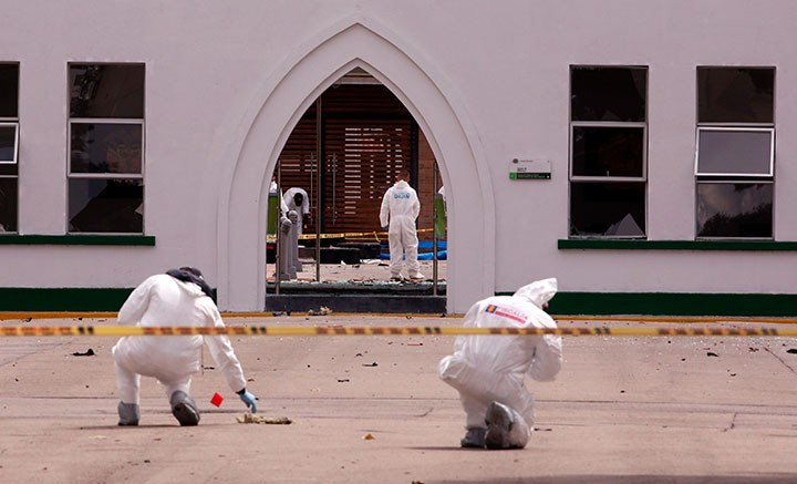 Al menos nueve muertos por carro bomba en Escuela de la Policía